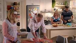 Xanthe Canning, Clive Gibbons, Sheila Canning, Gary Canning in Neighbours Episode 7898