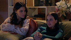 Elly Conway, Bea Nilsson in Neighbours Episode 7898