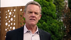 Paul Robinson in Neighbours Episode 7900