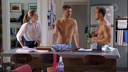 Chloe Brennan, Mark Brennan, Aaron Brennan in Neighbours Episode 7901