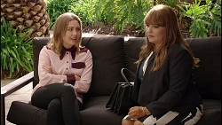 Piper Willis, Terese Willis in Neighbours Episode 7901