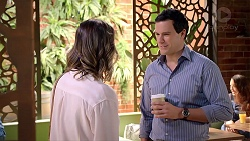 Amy Williams, Dr Rob Carson in Neighbours Episode 7902