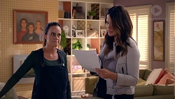 Bea Nilsson, Elly Conway in Neighbours Episode 7902