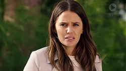 Elly Conway in Neighbours Episode 7902