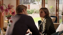 Cassius Grady, Piper Willis in Neighbours Episode 7903