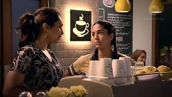 Dipi Rebecchi, Yashvi Rebecchi in Neighbours Episode 7904