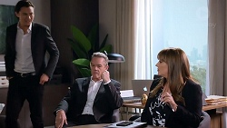 Leo Tanaka, Paul Robinson, Terese Willis in Neighbours Episode 7905
