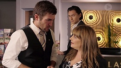 Ned Willis, Leo Tanaka, Terese Willis in Neighbours Episode 7905