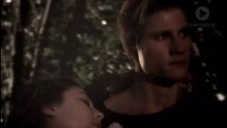 Piper Willis, Cassius Grady in Neighbours Episode 7907