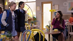 Xanthe Canning, Yashvi Rebecchi, Elly Conway in Neighbours Episode 7910