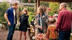 Cassius Grady, Piper Willis, Sonya Rebecchi, Nell Rebecchi, Toadie Rebecchi in Neighbours Episode 7912