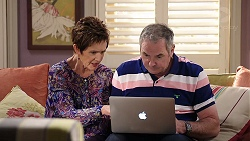 Susan Kennedy, Karl Kennedy in Neighbours Episode 7913