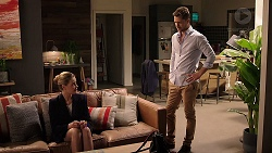 Chloe Brennan, Mark Brennan in Neighbours Episode 7913