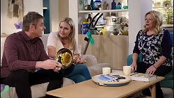 Gary Canning, Xanthe Canning, Sheila Canning in Neighbours Episode 7914