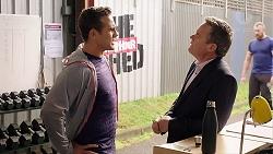 Aaron Brennan, Paul Robinson in Neighbours Episode 7915