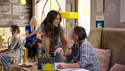 Elly Conway, Amy Williams in Neighbours Episode 7915
