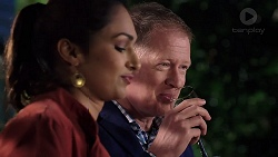 Dipi Rebecchi, Clive Gibbons in Neighbours Episode 7915