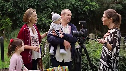 Nell Rebecchi, Sonya Mitchell, Hugo Somers, Toadie Rebecchi, Annabel Rutherford in Neighbours Episode 7919