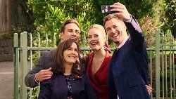 Aaron Brennan, Fay Brennan, Chloe Brennan, Mark Brennan in Neighbours Episode 7921
