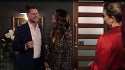 Mark Brennan, Elly Conway, Chloe Brennan in Neighbours Episode 7923