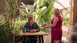 Cassius Grady, Sheila Canning in Neighbours Episode 7923