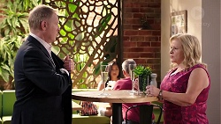 Clive Gibbons, Sheila Canning in Neighbours Episode 7924