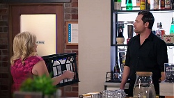 Sheila Canning, Shane Rebecchi in Neighbours Episode 7924
