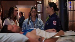 Amy Williams, Yashvi Rebecchi, Patricia Hillman, Ned Willis in Neighbours Episode 7925