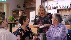 Jemima Davies-Smythe, Susan Kennedy, Sheila Canning, Karl Kennedy in Neighbours Episode 7926