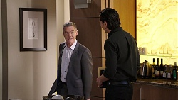 Paul Robinson, Leo Tanaka in Neighbours Episode 7927