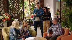 Sheila Canning, Xanthe Canning, Cassius Grady, Bea Nilsson, Clive Gibbons in Neighbours Episode 7928