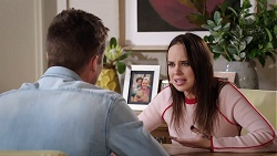 Mark Brennan, Bea Nilsson in Neighbours Episode 7930