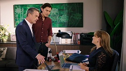 Paul Robinson, Leo Tanaka, Terese Willis in Neighbours Episode 7933