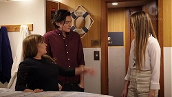 Terese Willis, Leo Tanaka, Chloe Brennan in Neighbours Episode 7934