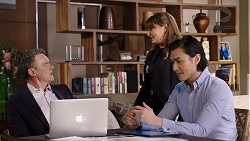 Paul Robinson, Terese Willis, Leo Tanaka in Neighbours Episode 7934