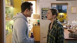 Aaron Brennan, Sonya Mitchell in Neighbours Episode 7935
