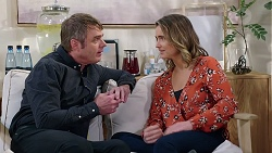 Gary Canning, Amy Williams in Neighbours Episode 7937