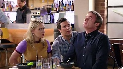 Xanthe Canning, Dr Rob Carson, Gary Canning in Neighbours Episode 7938