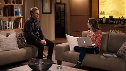 Gary Canning, Amy Williams in Neighbours Episode 7938
