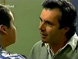 Toadie Rebecchi, Karl Kennedy in Neighbours Episode 2790
