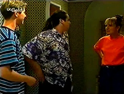 Lance Wilkinson, Toadie Rebecchi, Ruth Wilkinson in Neighbours Episode 2790