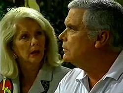 Madge Bishop, Lou Carpenter in Neighbours Episode 2790