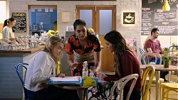 Xanthe Canning, Dipi Rebecchi, Elly Conway in Neighbours Episode 7940