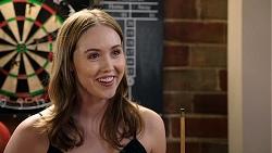 Greta Van Pelt in Neighbours Episode 7940