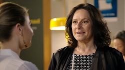 Chloe Brennan, Caroline Alexander in Neighbours Episode 7940