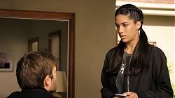 Ned Willis, Yashvi Rebecchi in Neighbours Episode 7942