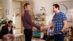 Aaron Brennan, Gary Canning, Amy Williams, Shane Rebecchi in Neighbours Episode 7942