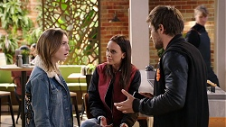 Piper Willis, Bea Nilsson, Ned Willis in Neighbours Episode 7944