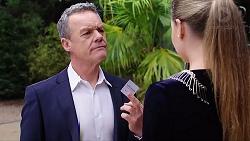 Paul Robinson, Chloe Brennan in Neighbours Episode 7945