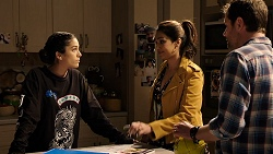 Yashvi Rebecchi, Dipi Rebecchi, Shane Rebecchi in Neighbours Episode 7947